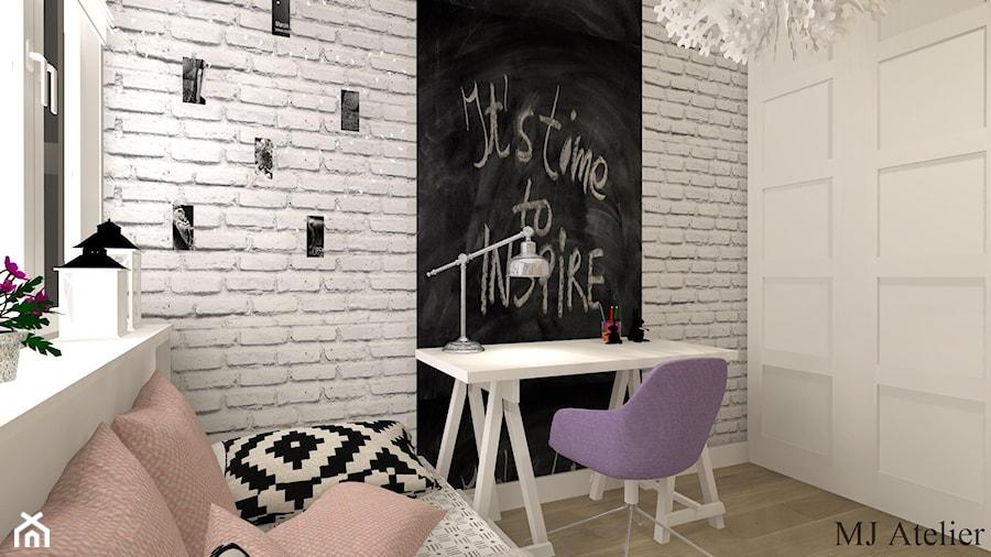 Aranżacje wnętrz - Pokój dziecka: Pokój Eli - Mały szary czarny pokój dziecka dla dziewczynki dla ucznia dla malucha dla nastolatka, styl prowansalski - mj-atelier.com. Przeglądaj, dodawaj i zapisuj najlepsze zdjęcia, pomysły i inspiracje designerskie. W bazie mamy już prawie milion fotografii!