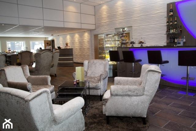 """Lobby hotelowe - Panel """"Zefiro"""" - zdjęcie od Artpanel.pl"""