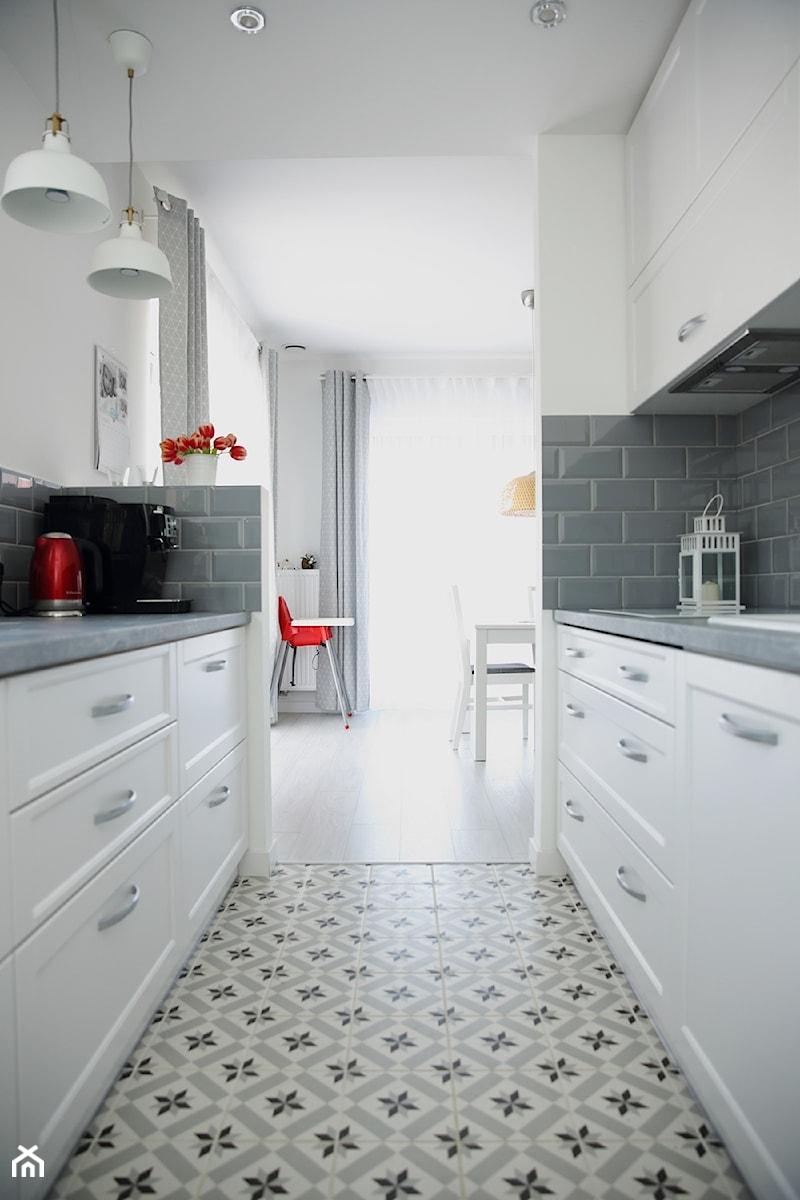 Kuchnia Bialo Szara Projekt Wnetrza Mieszkalnego Dorota