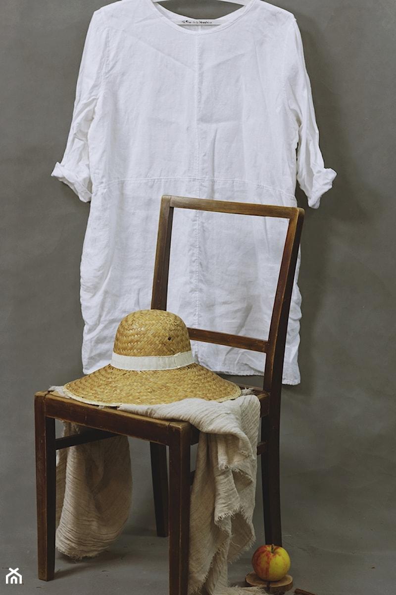 c039ced8a6 Tunika damska ze zmiękczanego lnu w kolorze białym - zdjęcie od dom  artystyczny