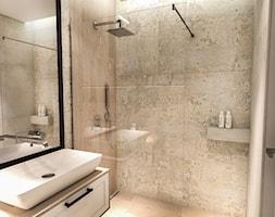 PROJEKT DOMU JEDNORODZINNEGO - GDAŃSK 2018r. - Średnia łazienka w bloku w domu jednorodzinnym bez okna, styl vintage - zdjęcie od BIBI