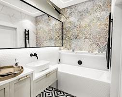 PROJEKT ŁAZIENKI - 6m2 - Średnia biała szara łazienka w bloku w domu jednorodzinnym bez okna, styl vintage - zdjęcie od BIBI