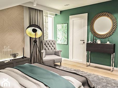 Aranżacje wnętrz - Sypialnia: Projekt wnętrza domu pod Sewillą - Średnia biała zielona sypialnia małżeńska na poddaszu - BIBI. Przeglądaj, dodawaj i zapisuj najlepsze zdjęcia, pomysły i inspiracje designerskie. W bazie mamy już prawie milion fotografii!