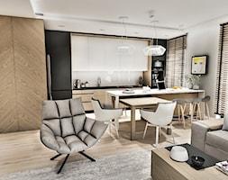 Projekt Mieszkania W-wa 2019 - Duża otwarta szara kuchnia w kształcie litery l z wyspą z oknem - zdjęcie od BIBI