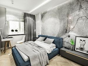 PROJEKT MAŁEGO MIESZKANIA - ŁDŻ 2018 - Średnia biała szara sypialnia małżeńska, styl skandynawski - zdjęcie od BIBI