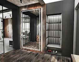 PROJEKT DOMU -PABIANICE 2018 - Duży czarny hol / przedpokój, styl industrialny - zdjęcie od BIBI