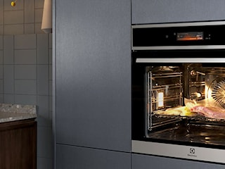 Piekarnik parowy – sprawdzony sposób na udane świąteczne dania i wypieki. Zobacz, co potrafi para!