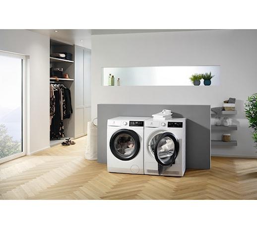Sprzęty, które utrzymają Twoje ubrania i naczynia w idealnym stanie