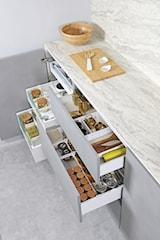 Jak zrobić porządek w szufladach? Te rozwiązania sprawdzą się w każdym domu