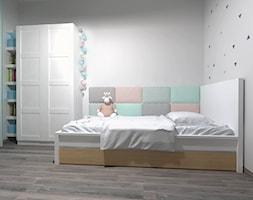 Średni biały pokój dziecka dla dziewczynki dla malucha dla nastolatka - zdjęcie od Novel Studio