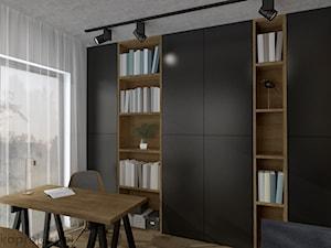 Dom pod Gdańskiem - Średnie białe biuro domowe kącik do pracy w pokoju, styl minimalistyczny - zdjęcie od emkaprojekt