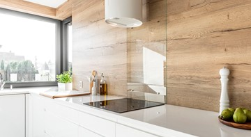 Panele ścienne do kuchni – wzory, które sprawdzą się w Twoim wnętrzu