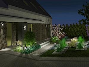 Projekt ogrodu na skarpie 1500m2 nocą w Olsztynie - zdjęcie od Merantti design Anna Koronowska