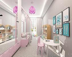 POKÓJ DLA DZIEWCZYNKI - Duży szary pokój dziecka dla dziewczynki dla ucznia dla malucha, styl nowoczesny - zdjęcie od KONCEPT STUDIO