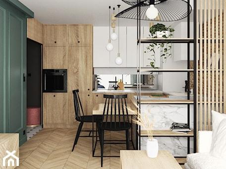 Aranżacje wnętrz - Kuchnia: mieszkanie #15, Białystok - Średnia otwarta biała kuchnia w kształcie litery u w aneksie z oknem, styl eklektyczny - JUST studio projektowe. Przeglądaj, dodawaj i zapisuj najlepsze zdjęcia, pomysły i inspiracje designerskie. W bazie mamy już prawie milion fotografii!