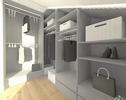 segment w Markach_150 m2 - Mała zamknięta garderoba na poddaszu, styl nowoczesny - zdjęcie od MANEKINEKO