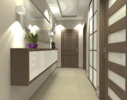 Mieszkanie w śródmiejskim bloku (Warszawa) - Średni szary hol / przedpokój, styl nowoczesny - zdjęcie od Medyńscy Projektowanie