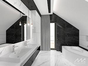 Wnętrza domu w Krakowie - Średnia biała czarna łazienka na poddaszu w domu jednorodzinnym z oknem, styl glamour - zdjęcie od mleczko architektura