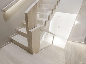 DOM W BESTWINIE - Schody, styl minimalistyczny - zdjęcie od AW-STUDIO Pracownia Architektury Wnętrz