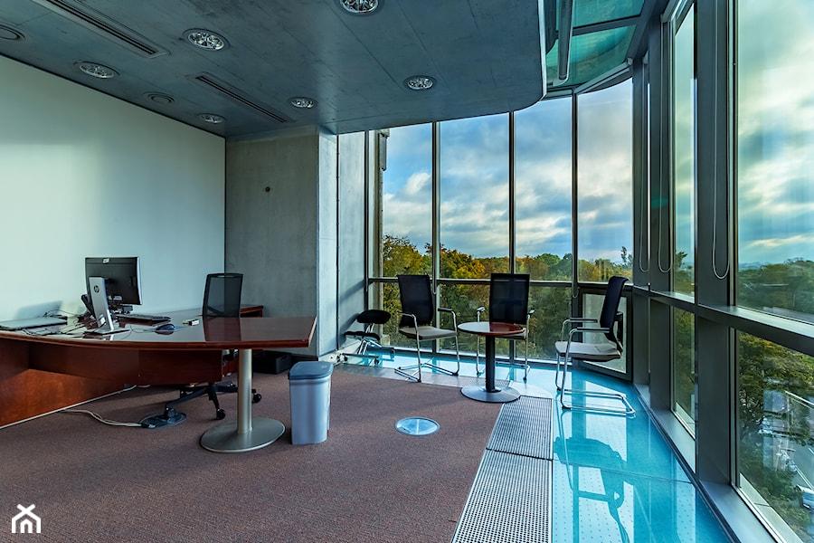 Wnętrze biura korporacji prawniczej w Warszawie - zdjęcie od MediaShots