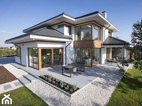 Aranżacje wnętrz - Domy: Płyty tarasowe Architect - Domy, styl nowoczesny - BRUK-BET. Przeglądaj, dodawaj i zapisuj najlepsze zdjęcia, pomysły i inspiracje designerskie. W bazie mamy już prawie milion fotografii!