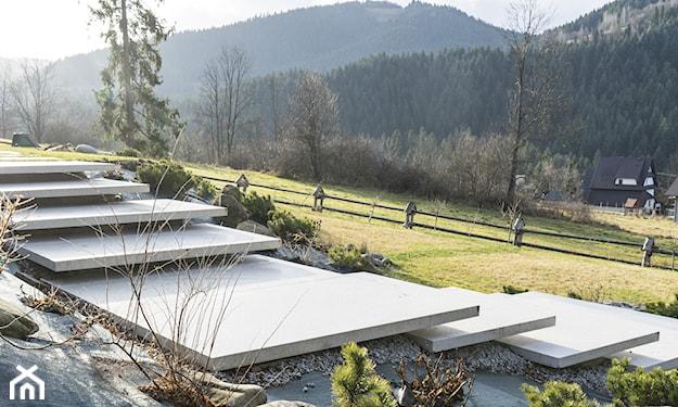 ogród tradycyjny, stopnie skarpowe
