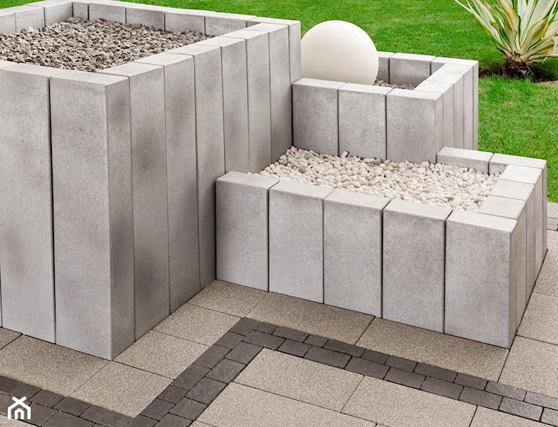 betonowa palisada