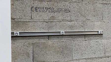 Innowacyjne klipsy do szybkiego montażu paneli na sufity, ściany , podłogi firmy Fastmount