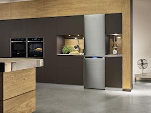 Lodówki - Duża otwarta kuchnia w kształcie litery l z wyspą z oknem, styl nowoczesny - zdjęcie od Samsung Electronics Co., Ltd.