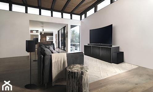 Pełna paleta dźwięków w salonie - 4 pomysły na spędzenie czasu, dzięki którym Twój salon będzie przytulnym miejscem spotkań z bliskimi i oazą relaksu