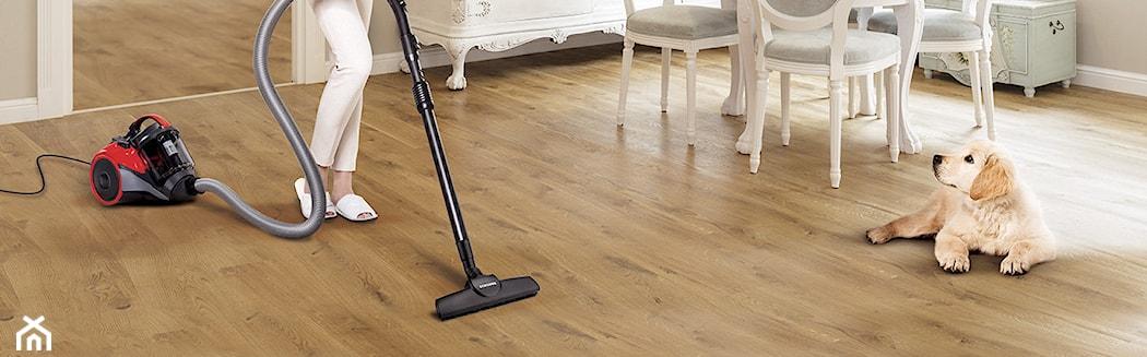 пылесосить деревянный пол