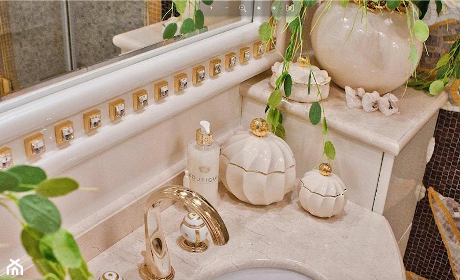 Złote Dekoracje Do Wnętrz Zdjęcie Od Bellucci Homebook
