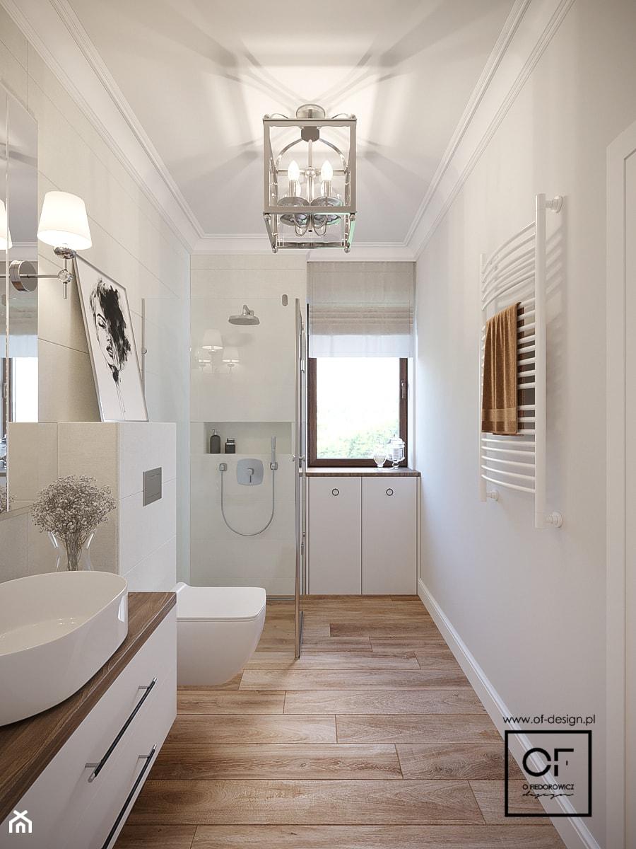 Dom pod Łodzią - Mała szara łazienka w bloku w domu jednorodzinnym z oknem, styl glamour - zdjęcie od O.Fiedorowicz