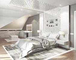SYPIALNIA | NOWY SĄCZ - Duża biała szara sypialnia małżeńska na poddaszu, styl art deco - zdjęcie od OneArtStudio