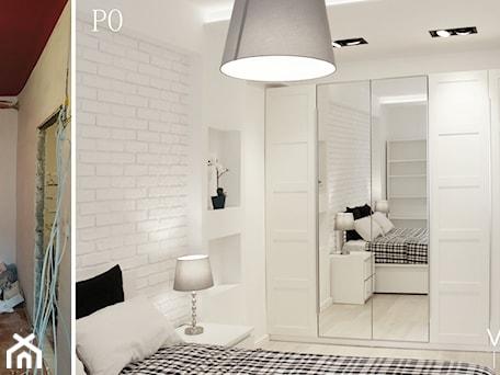 Aranżacje wnętrz - Sypialnia: Zdjęcia z metamorfozy mieszkania 36m2 w Warszawie - Średnia biała sypialnia małżeńska, styl glamour - Voight Interiors. Przeglądaj, dodawaj i zapisuj najlepsze zdjęcia, pomysły i inspiracje designerskie. W bazie mamy już prawie milion fotografii!