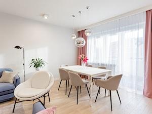Apartament na Ursynowie 110m2 - Średnia otwarta szara jadalnia w salonie, styl nowoczesny - zdjęcie od MODIFY - Architektura Wnętrz