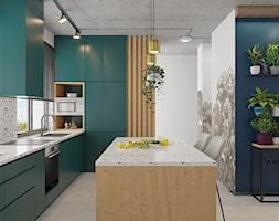 Kontrastowe wnętrze domu pod Warszawą. - Duża otwarta kolorowa kuchnia w kształcie litery l w aneksie z wyspą z oknem, styl eklektyczny - zdjęcie od Boho Studio - Homebook