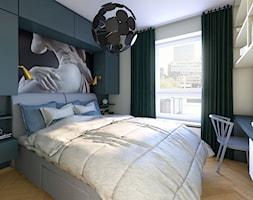 Mieszkanie dla artystów - Mała biała szara sypialnia małżeńska, styl eklektyczny - zdjęcie od Boho Studio - Homebook