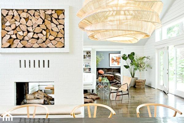 Drewno Opałowe Jako Element Dekoracji Zdjęcie Od Cleo