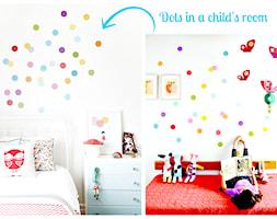 Kropki w dziecięcym pokoju - zrób to sam! Dots in a child's room http://cleo-inspire.blogspot.nl/2014/07/kropki-w-dzieciecym-pokoju-zrob-to-sam.html - zdjęcie od cleo-inspire