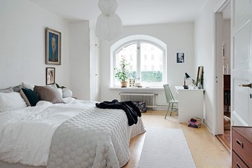 Biała sypialnia: pomysły na urządzenie sypialni w bieli