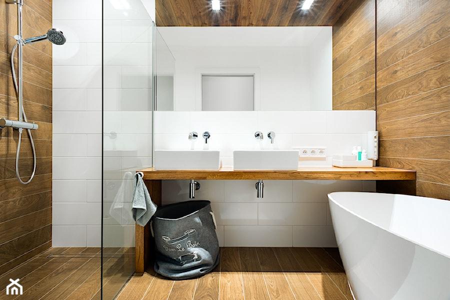 łazienka Z Brązowymi Płytkami Aranżacje Pomysły Inspiracje
