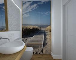 kawalerka na wesoło - Mała biała łazienka w bloku bez okna, styl skandynawski - zdjęcie od RedCubeDesign projektowanie wnętrz