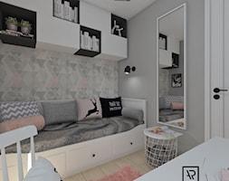 Pokój dziecięcy 5 - Mały szary pokój dziecka dla dziewczynki dla ucznia dla nastolatka, styl skandynawski - zdjęcie od Anna Romik Architektura Wnętrz