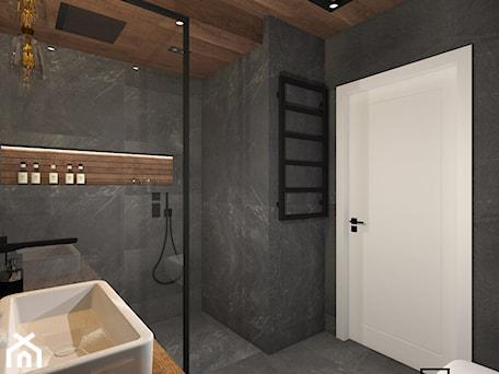Aranżacje wnętrz - Łazienka: Łazienka 4 - Mała czarna łazienka na poddaszu w bloku w domu jednorodzinnym bez okna, styl industrialny - Anna Romik Architektura Wnętrz. Przeglądaj, dodawaj i zapisuj najlepsze zdjęcia, pomysły i inspiracje designerskie. W bazie mamy już prawie milion fotografii!