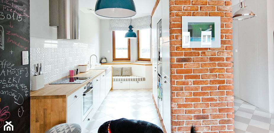 5 lamp wiszących do wąskiej kuchni w bloku