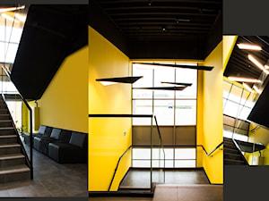 Klatka schodowa - zdjęcie od SZARA/studio