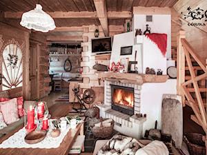 Chalet Nr 1 - Mniszkowy Zapiecek - Mały biały brązowy salon, styl rustykalny - zdjęcie od Górska Osada - Luxury Chalets in Tatra Mountains