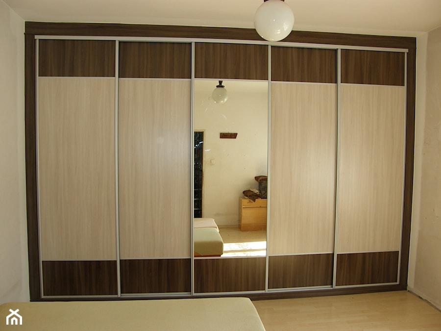 Szafa wnękowa z lustrem - zdjęcie od FILMAR meble