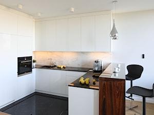 Biel i czerń w kuchni – pomysł na nowoczesne wnętrze